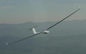 Gratuitous glider photo